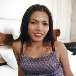 cochonne mure asiatique a envie d'un plan sexe