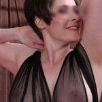 Jeanne, 40 ans, cougar explosive dispo pour plan sexe direct