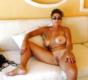 Annonce sexe de Sabri, mature pulpeuse