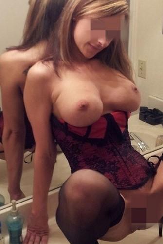 Belle nana aux gros seins du 13 cherche un sexfriend tbm