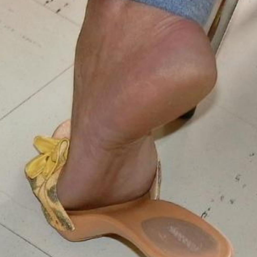 Couple dominateurs bi fetish pieds