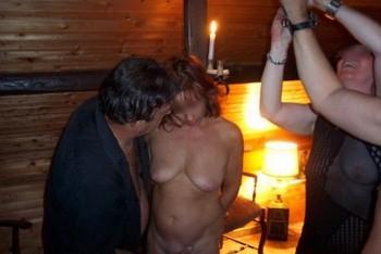 Une mature sadomaso pour une soirée fétiche sur Cannes